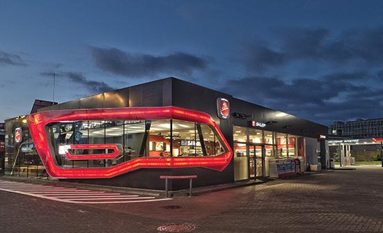 (1) Orlen Meeting Point Stop Cafe © Kaniewski Design