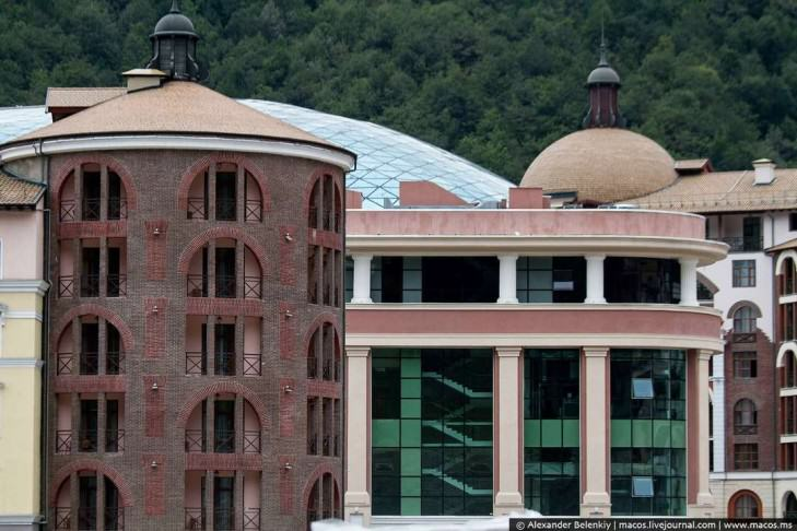 Unfinished-buildings-in-Sochi-e1409513114745