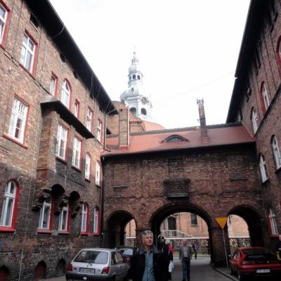 Ryc. 4. Widok na kościół Św. Anny w osiedlu Nikiszowiec, źródło fot. Milena Stettner