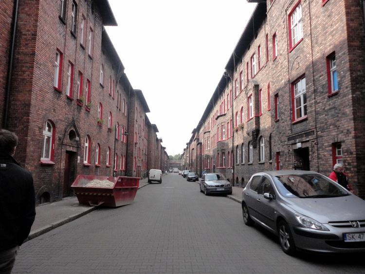 Ryc. 6. Budynki mieszkalne w osiedlu Nikiszowiec, fot. Milena Stettner