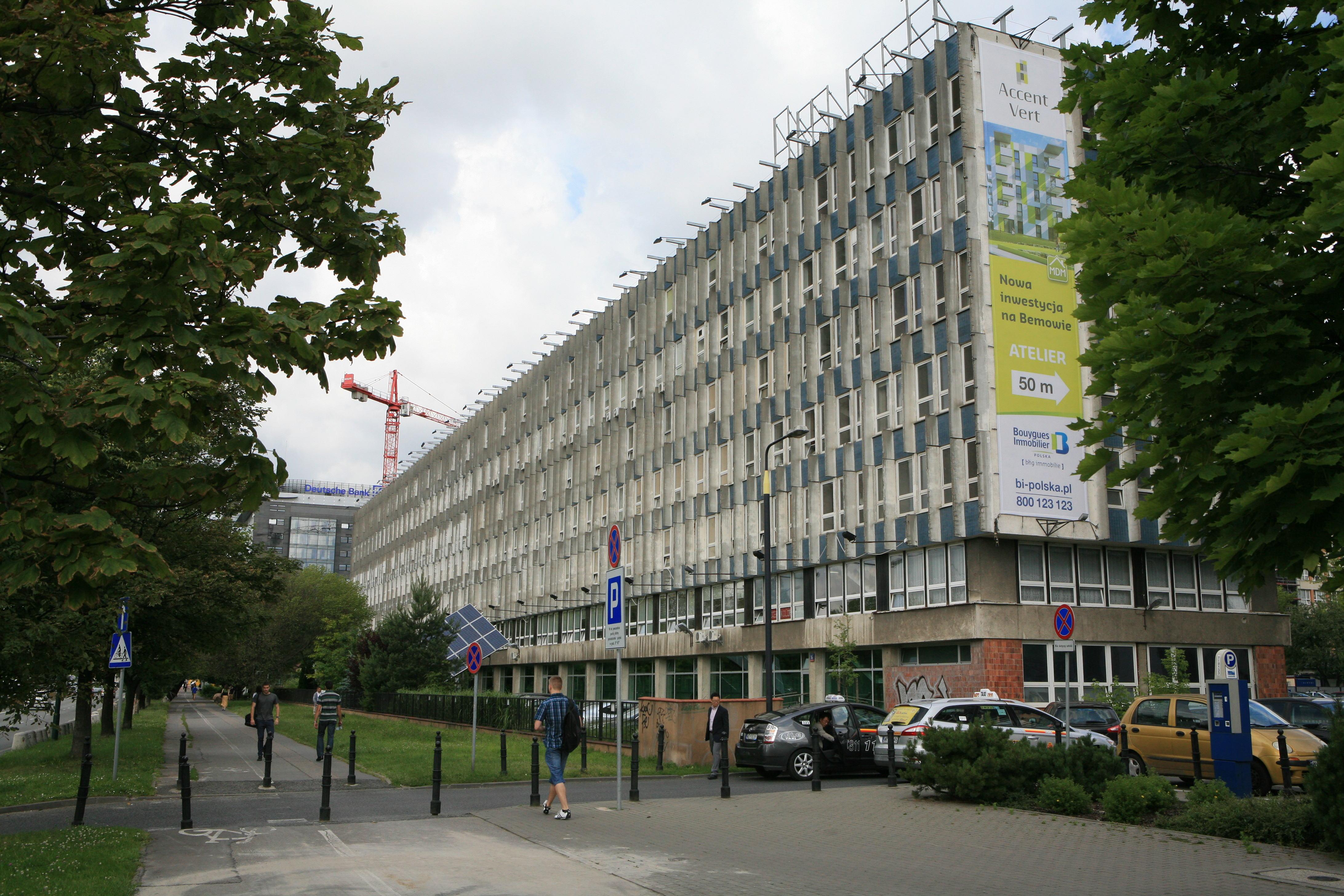 budynek Wydziału IL od strony ulicy Braci Podoskich 2