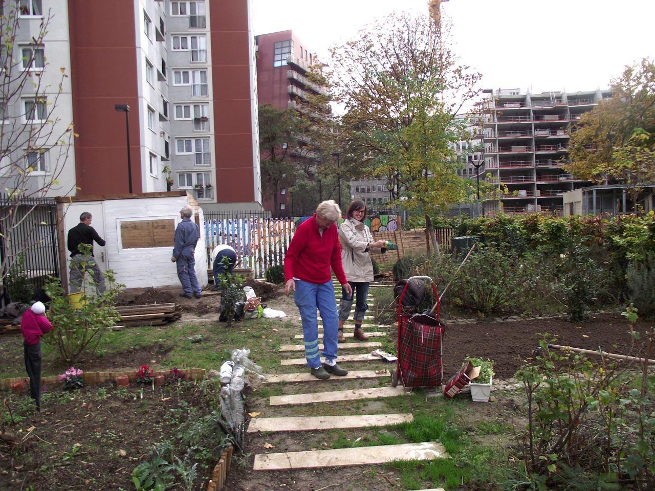 ogród tymczasowy Źródło www.rqparis19.org