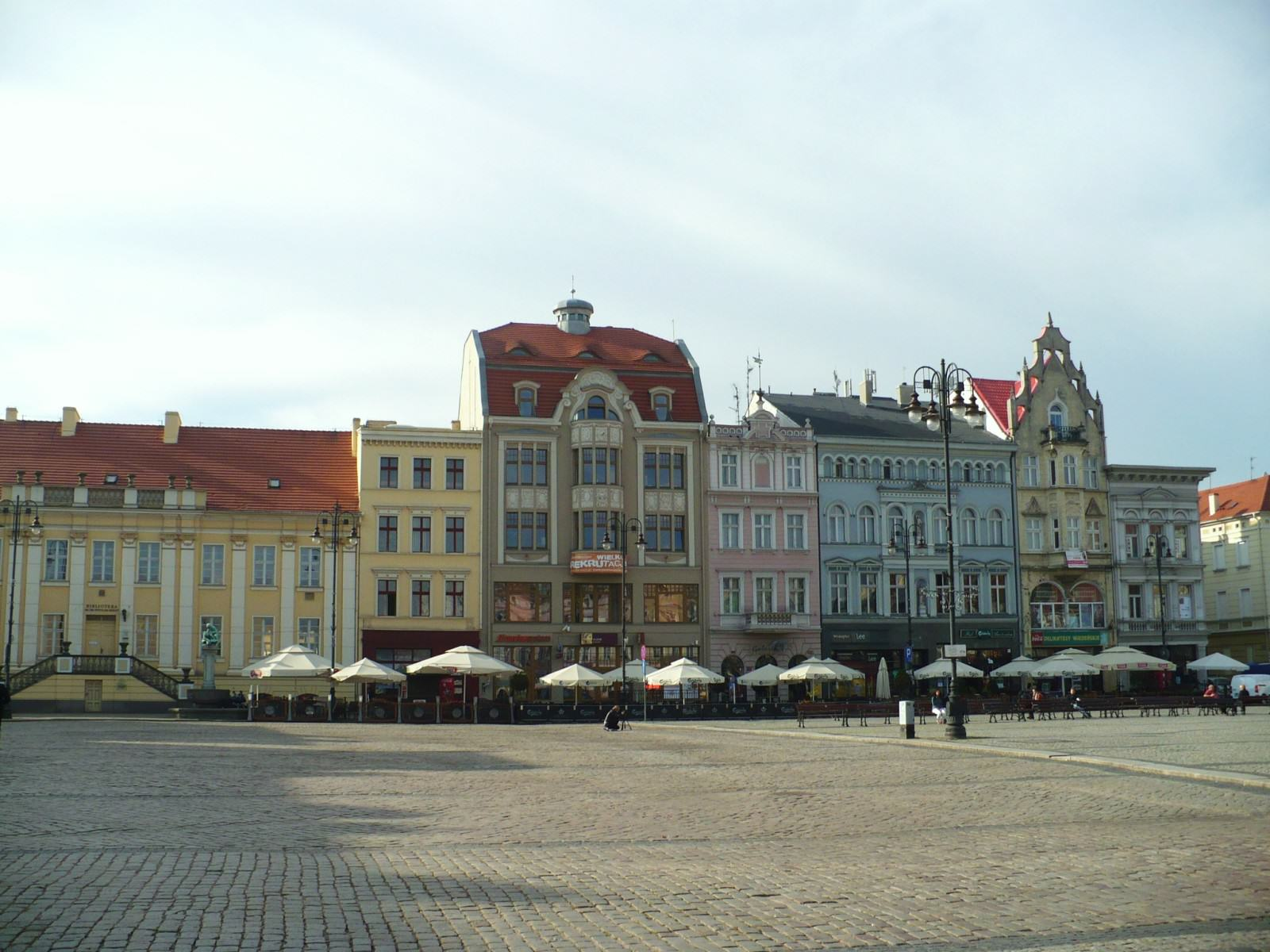 Rynek w Bydgoszczy, fot. Taktoperz77/Wikimedia Commons