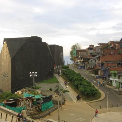 Plaza_España_Medellin