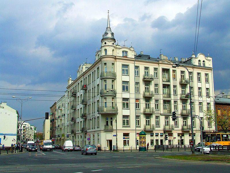 ul. Ząbkowska – widok od strony ul. Targowej, źródło: wikipedia