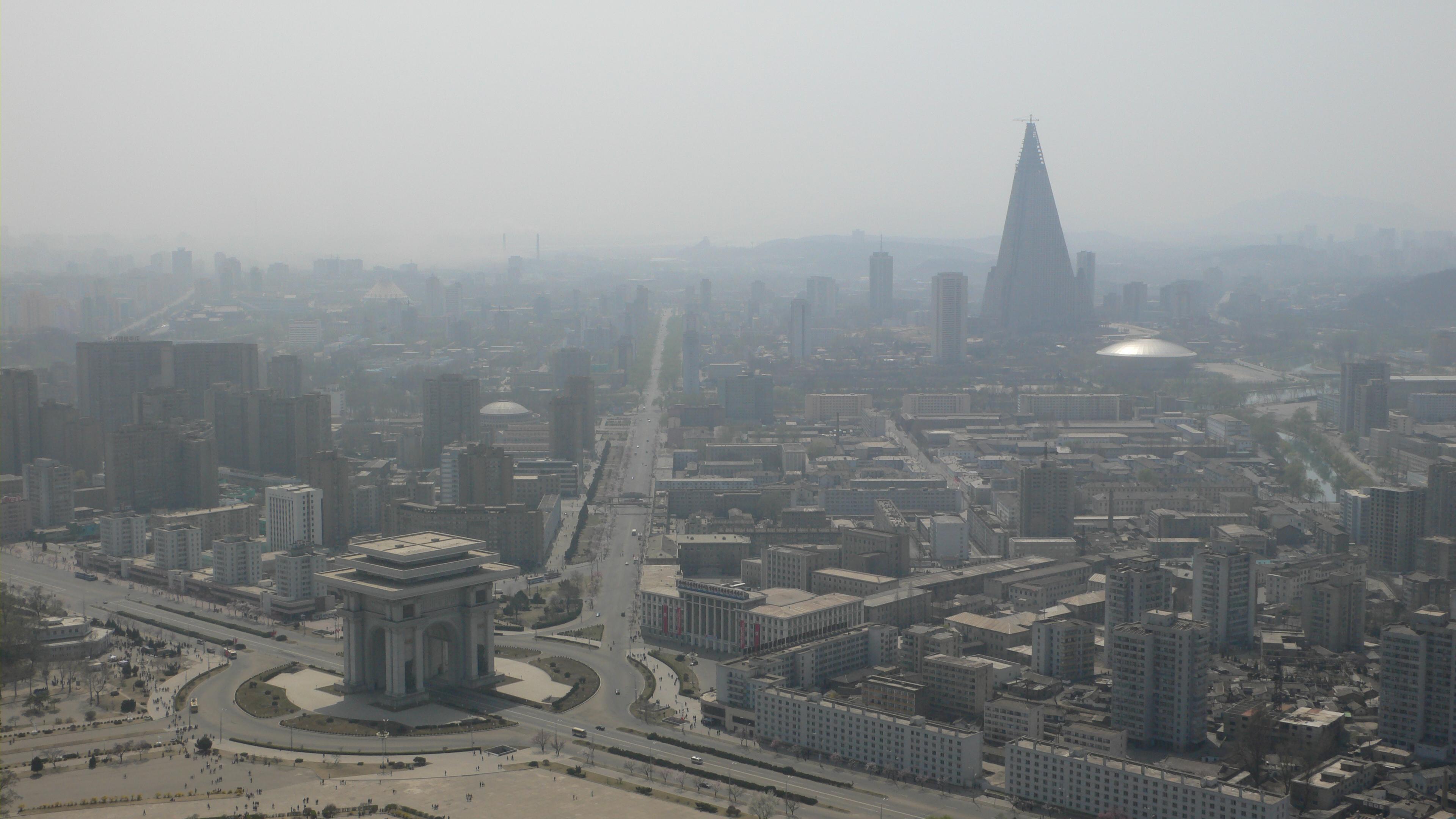 Panorama Pjongjang 2012 rok, źródło: koryogroup.com 2012 rok