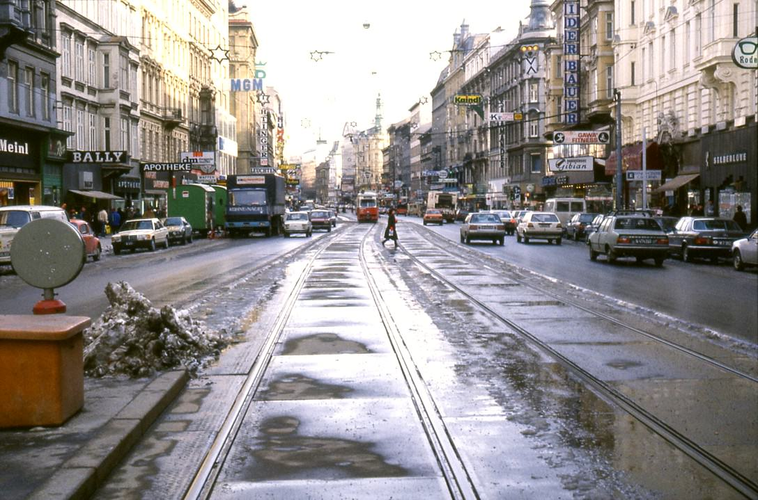 Mariahilferstrasse 1983 fot TARS631 tramwayforum at 2