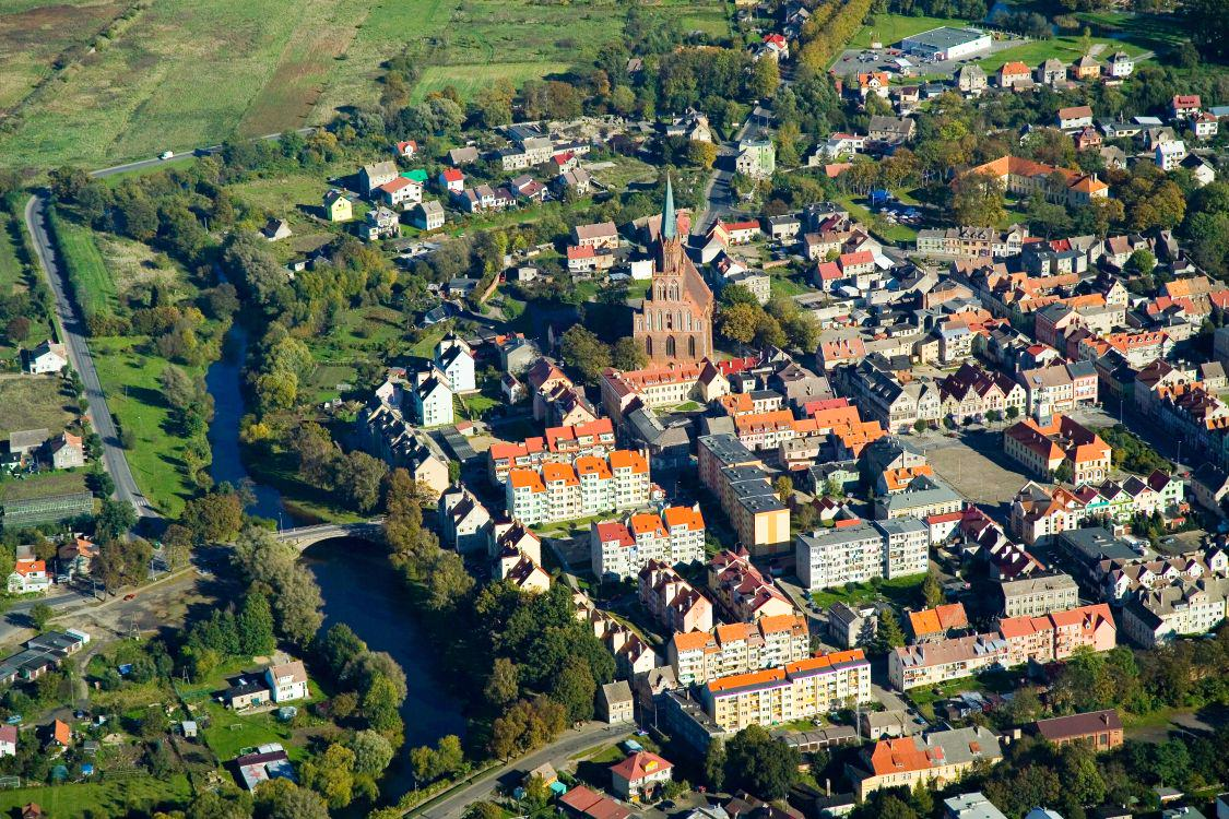 Trzebiatow_Old_Town_bird's-eye_view_2007-10b