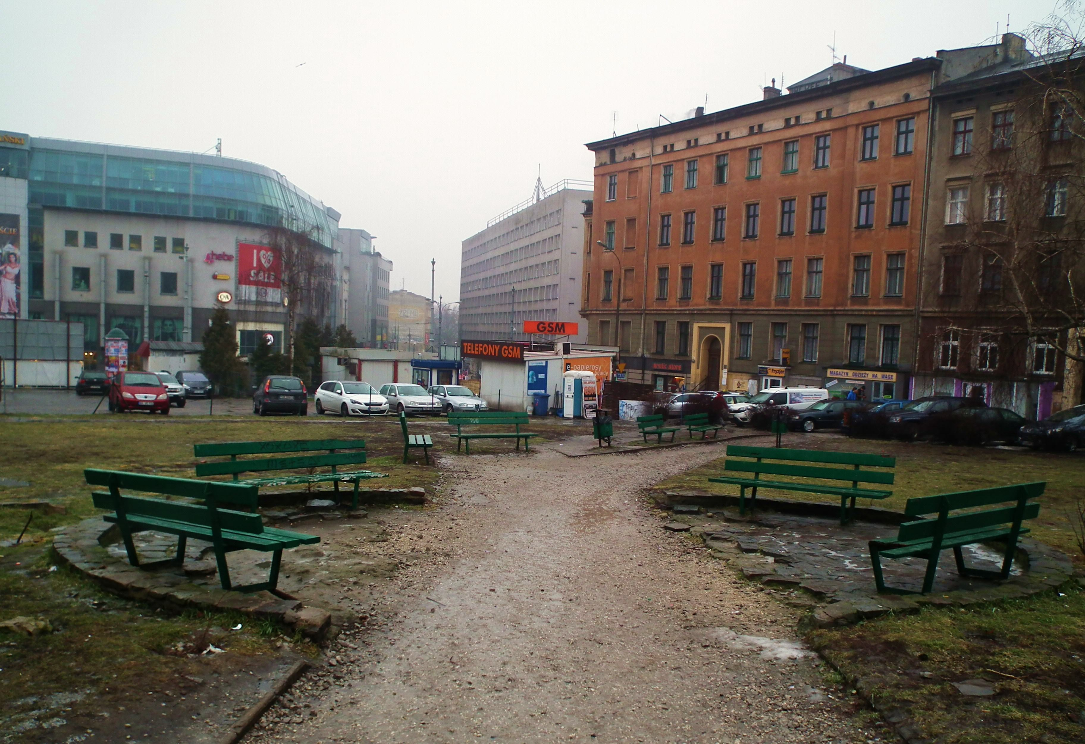 Plac Wiosny Ludów w Poznaniu w 2016 roku | fot. MOs810 | Wikimedia Commons | lic. CC-BY-4.0