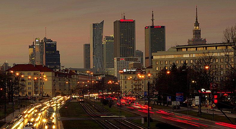 Warszawa_Analiza biurowych miejsc parkingowych