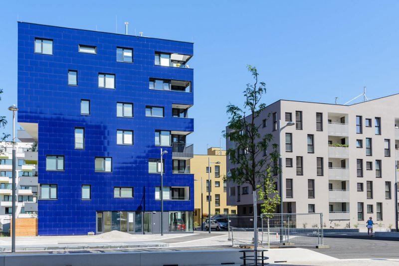 Zdjęcie budynków w wiedeńskiej dzielnicy Aspern Seestadt