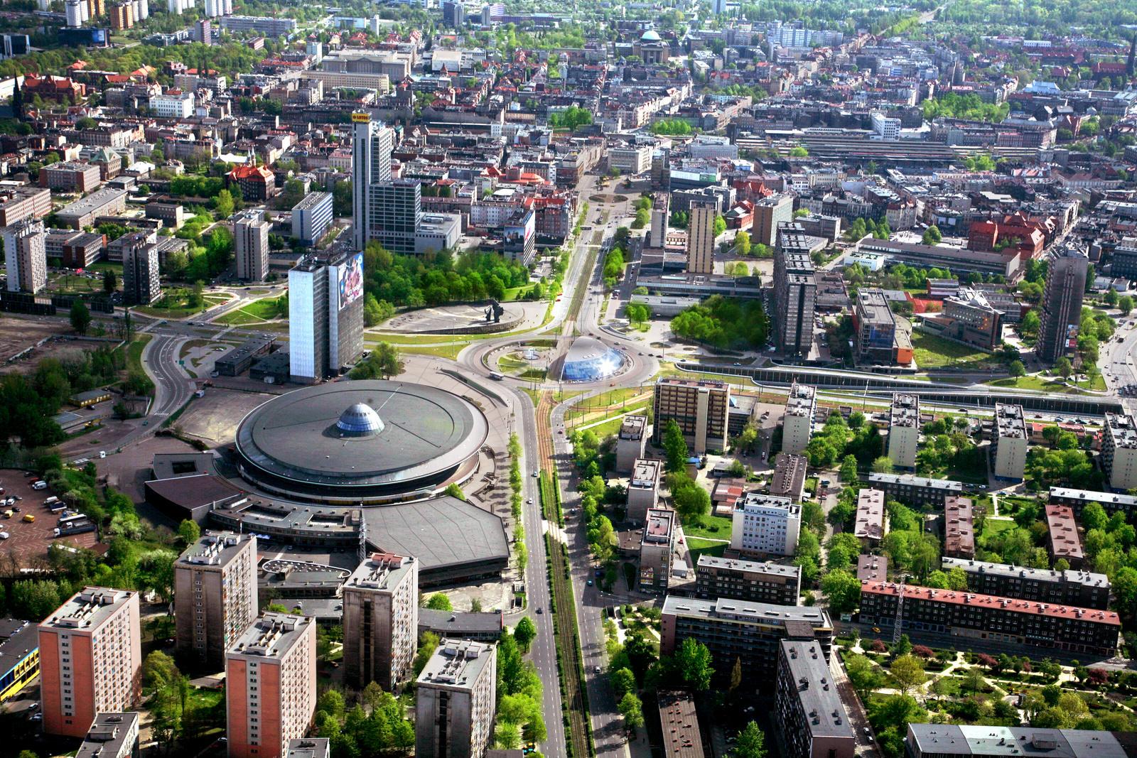 http://upload.wikimedia.org/wikipedia/commons/e/e7/Katowice.jpg