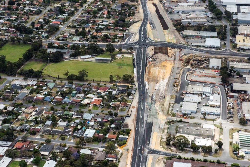 Aerial view – Leach Highway  Abernethy Road November 2014
