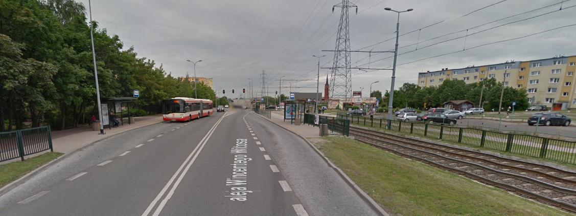 Ogrodzone torowisko przy ul.. Witosa w Gdańsku, fot. Google Street View