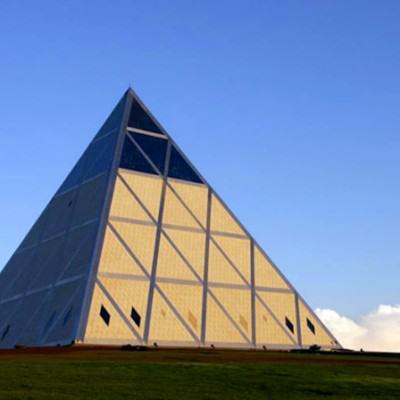 The Palace of Peace and Accord, zrodlo kazakhstan.travel