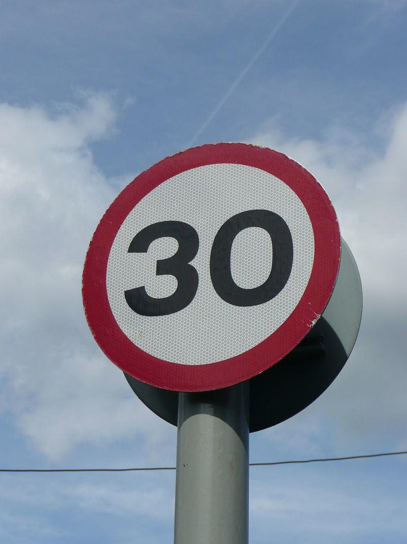 30 znak