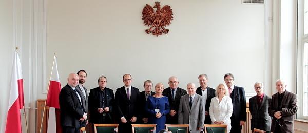 Powołanie członków Głównej Komisji Urbanistyczno-Architektonicznej   fot.  MIB
