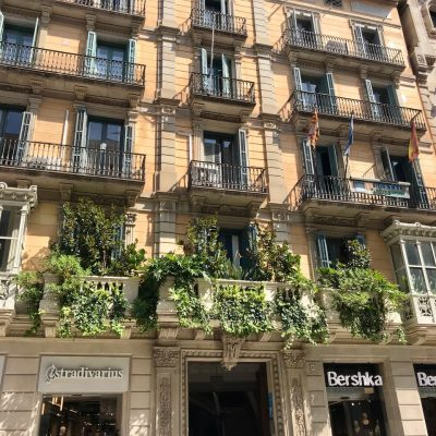 Barcelona_zielona_elewacja