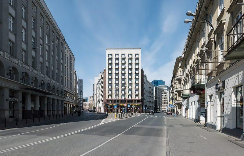 Plac Pięciu Rogów przed rozpoczęciem prac | źródło: Adrian Grycuk CC BY-SA 3.0 pl