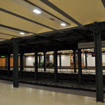 Stacja Hősök tere w 2017 roku