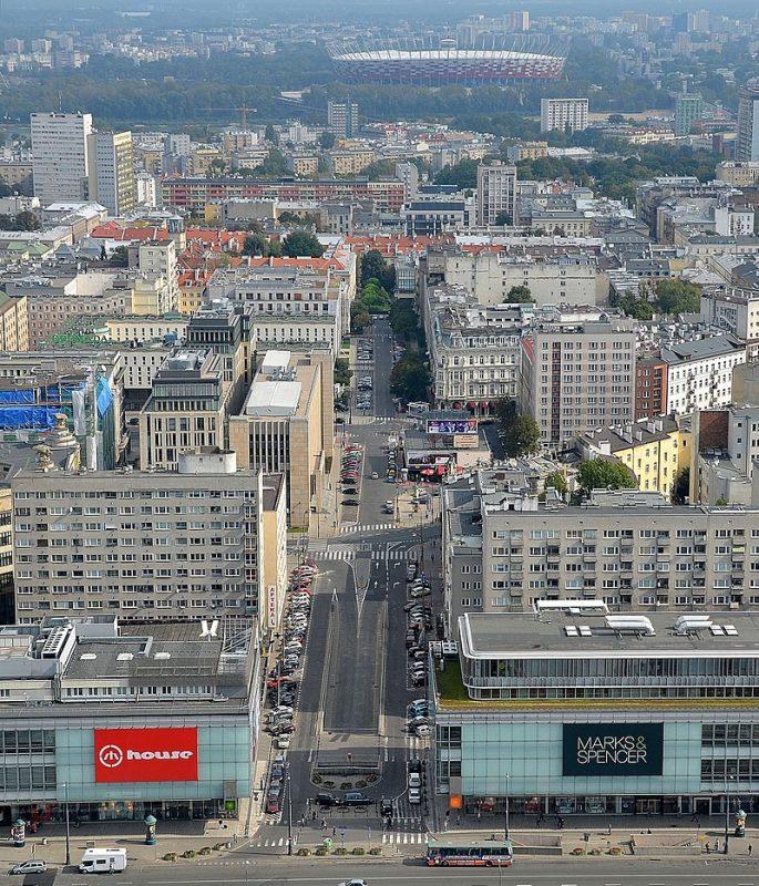 Widok na ulicę Złotą obecnie | źródło: Adrian Grycuk CC BY-SA 3.0 pl